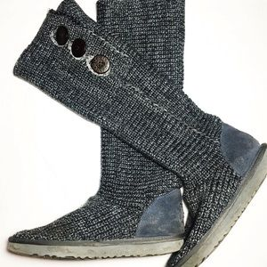 UGG sweater boots cardy